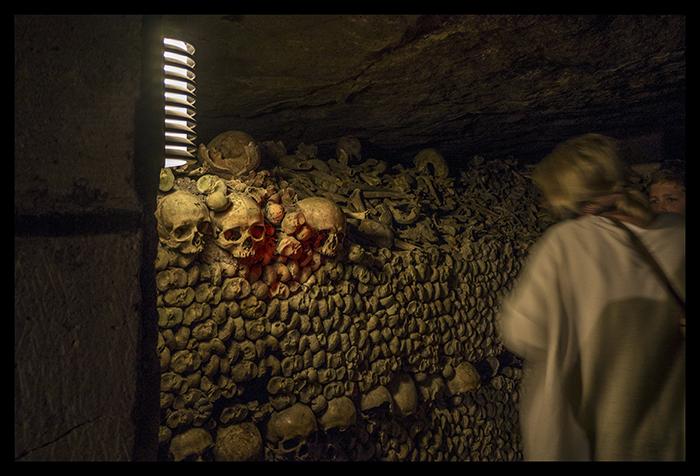 Catacombes entrance 1080066 HM Blog