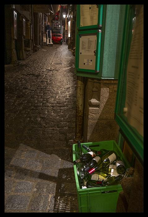 Mont St Michel wine bottles 1490342 BLOG