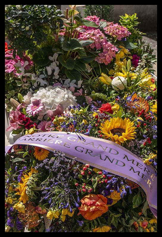 Flowers Père Lachaise 1370863 BLOG