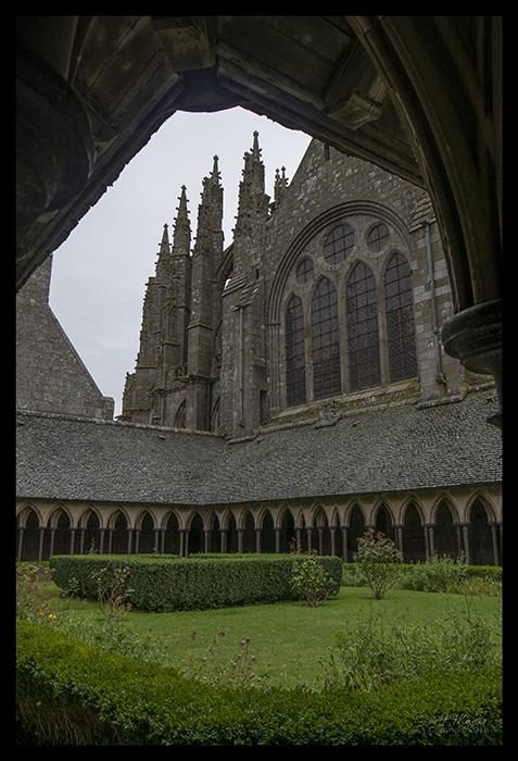 Mont St Michel cloister 1480933 BLOG