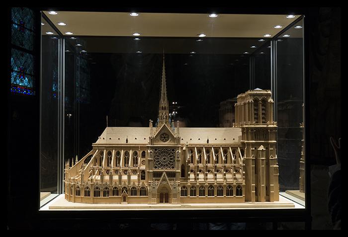 Notre Dame model 1360449 BLOG